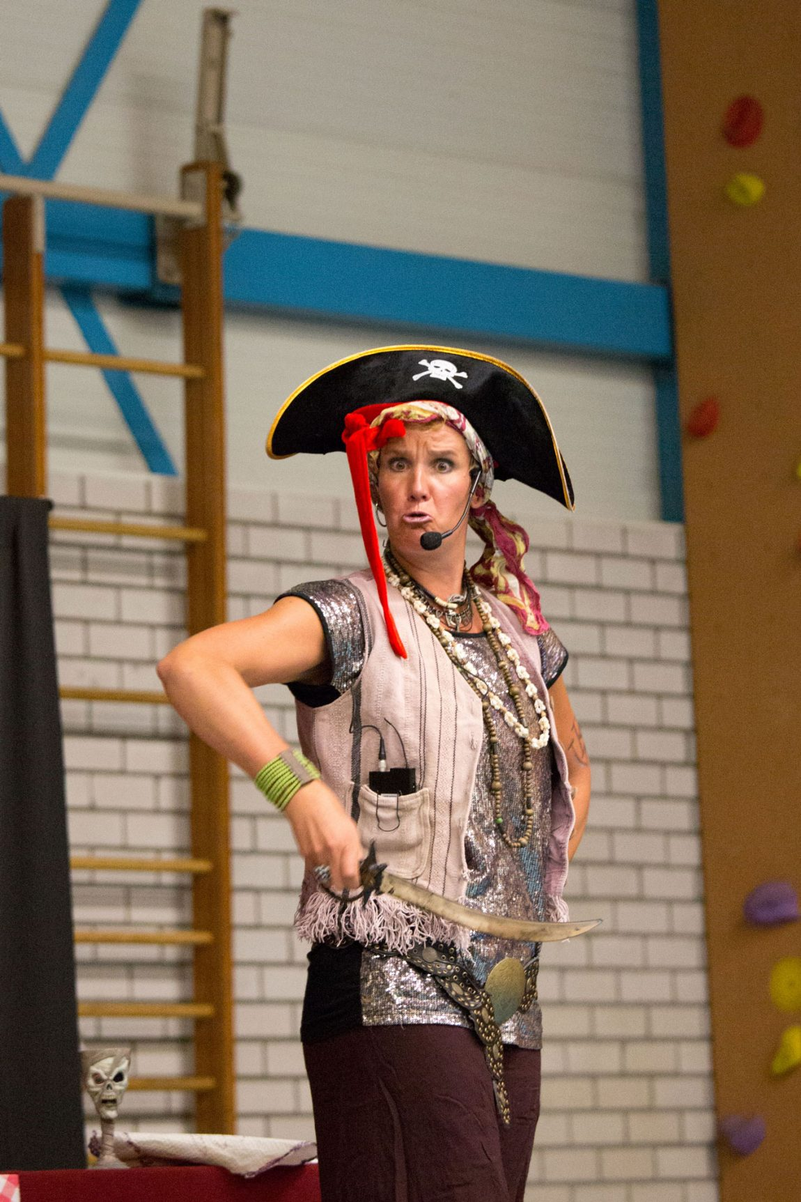 Kindertheater Kaatje Piraatje: Alle piraten doen opeens anders dan normaal…
