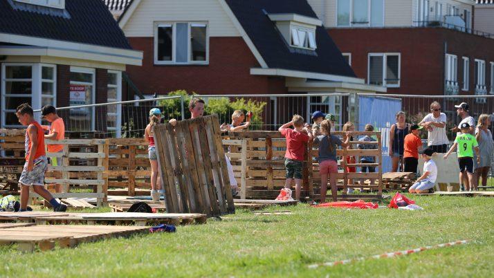 Bekijk de bouw werkzaamheden op het Huttenkamp