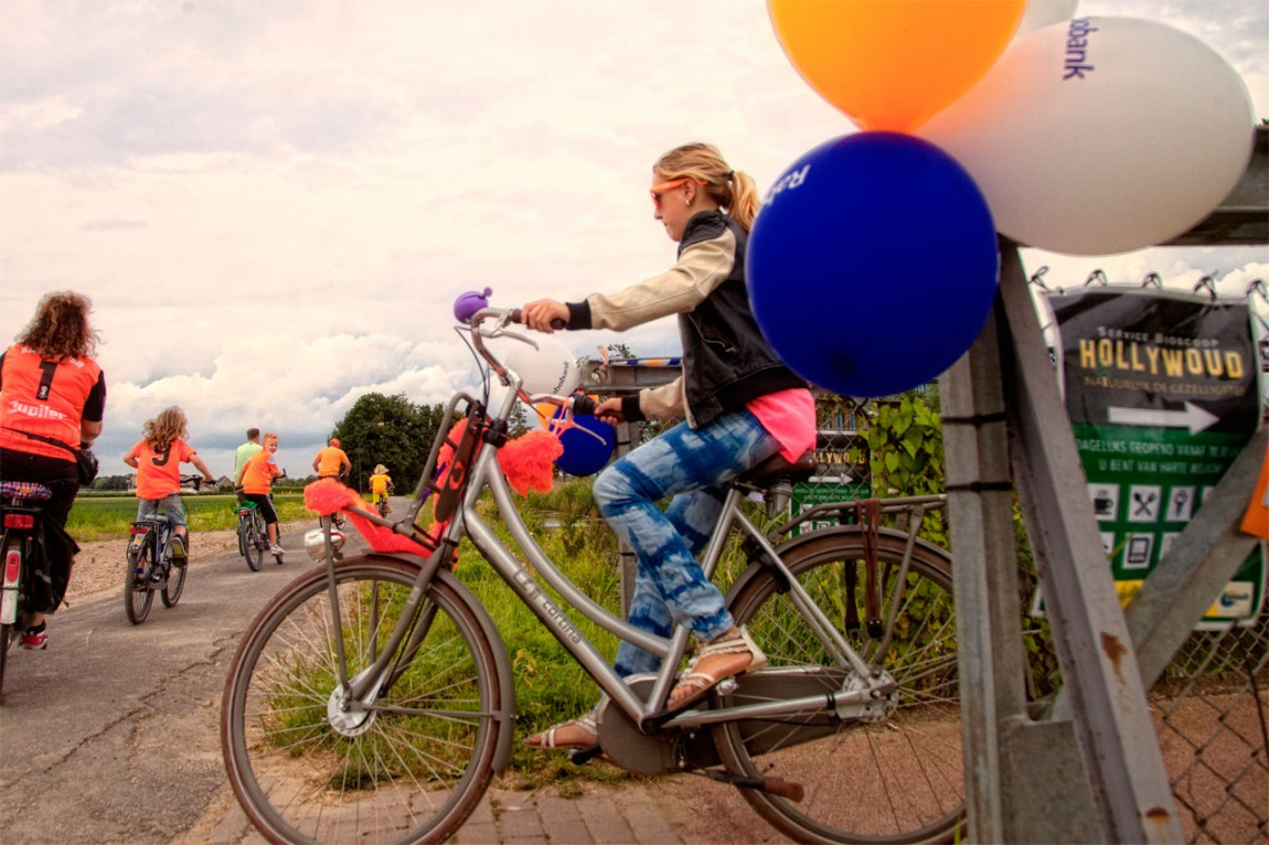 Samen met Rabobank geld bij elkaar fietsen voor Woutje Brugge.